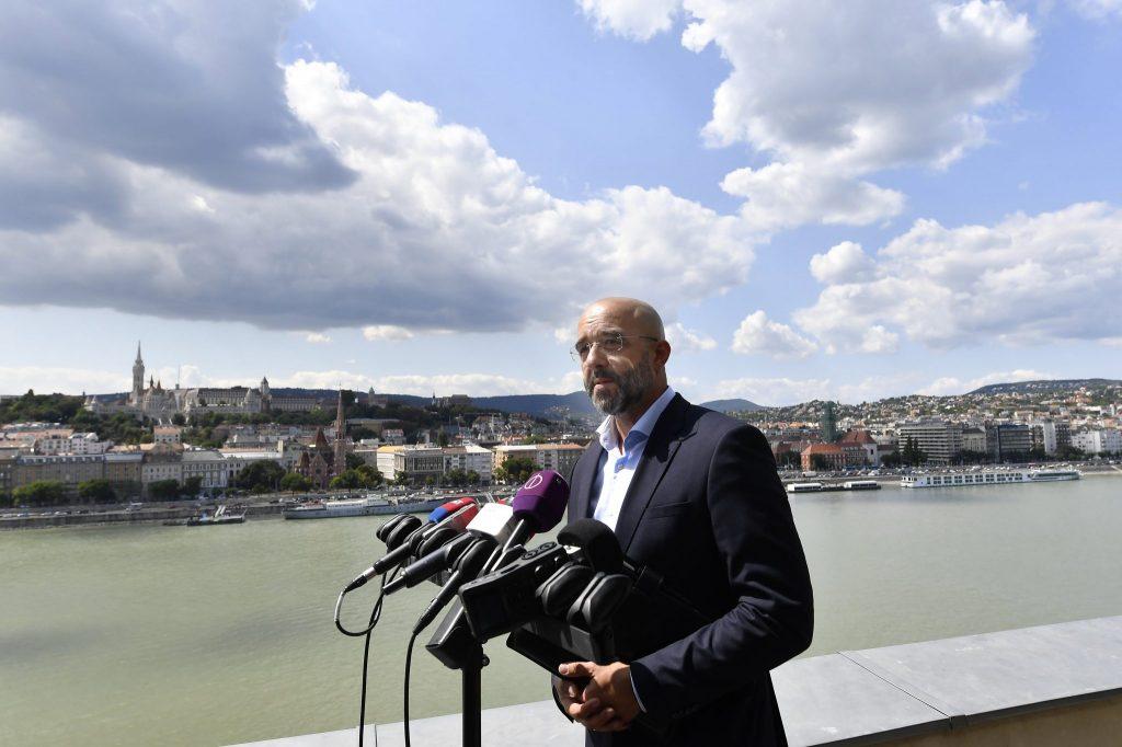 """Regierungssprecher: """"Das Veto gegenden EU-Haushalt nicht durch Ungarn herbeigeführt"""""""