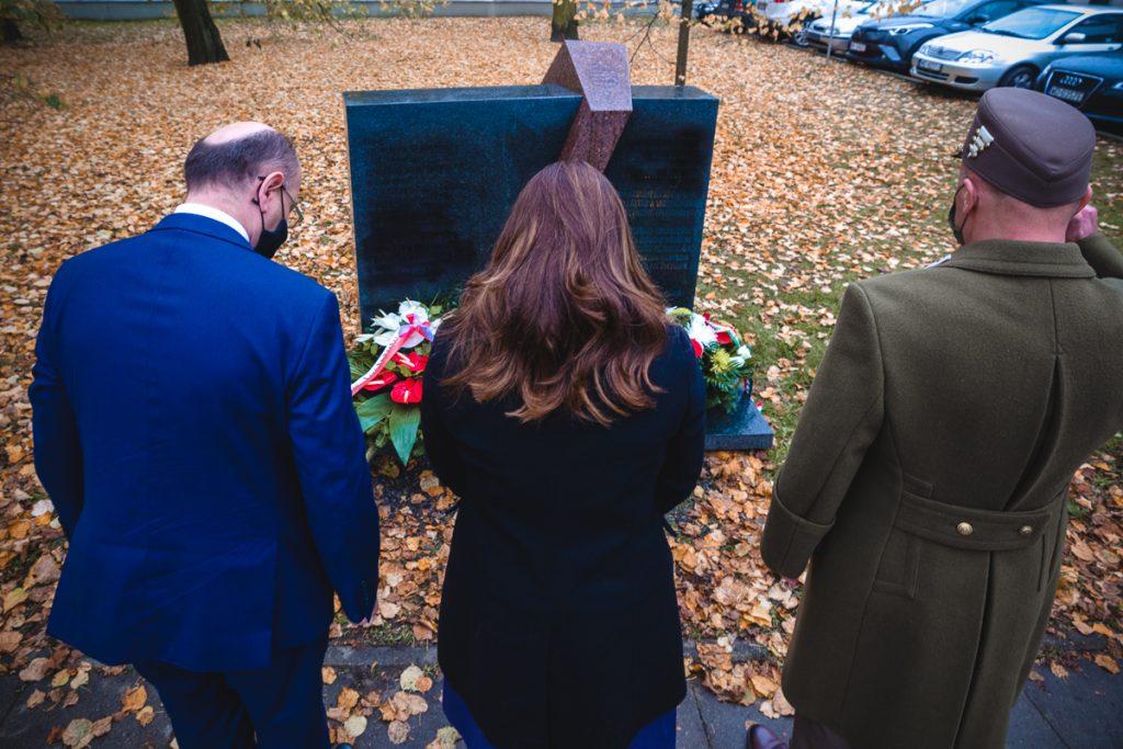 Ungarisches Denkmal in Warschau restauriert post's picture
