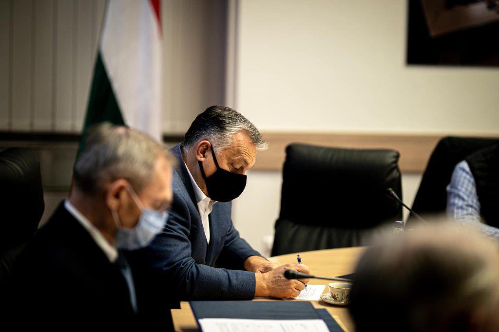 Orbán erörtert nationalen Impfaktionsplan
