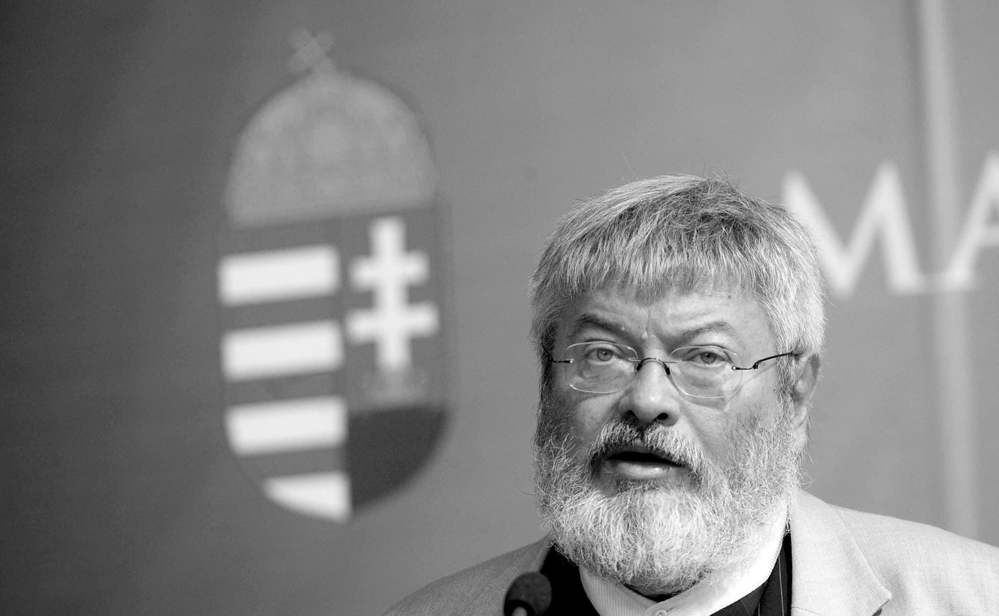 Dichter und Berater Viktor Orbáns Géza Szőcs mit 67 Jahren gestorben