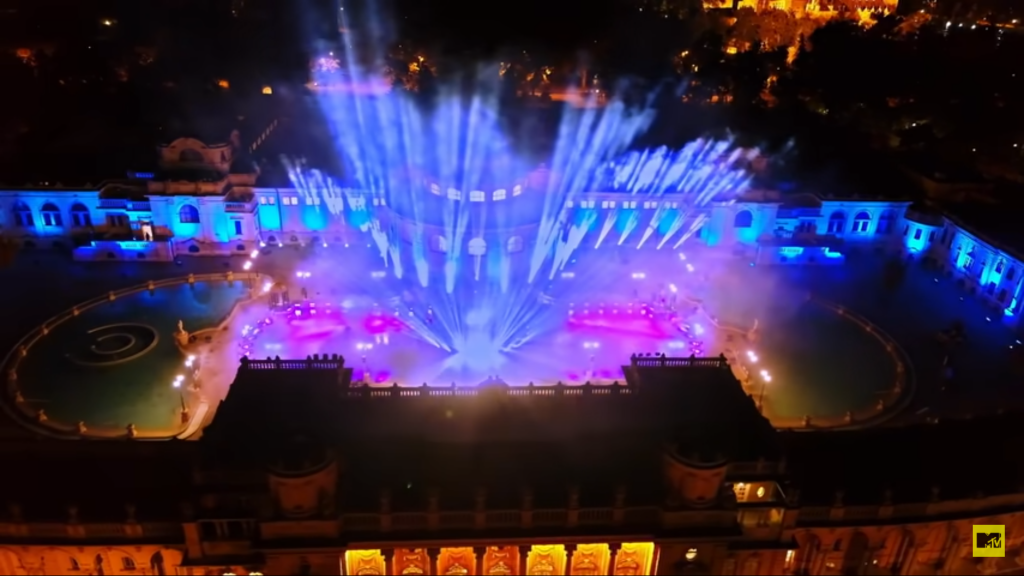 MTV Europe Music Awards 2020: David Guetta trat im Széchenyi-Heilbad Budapest auf