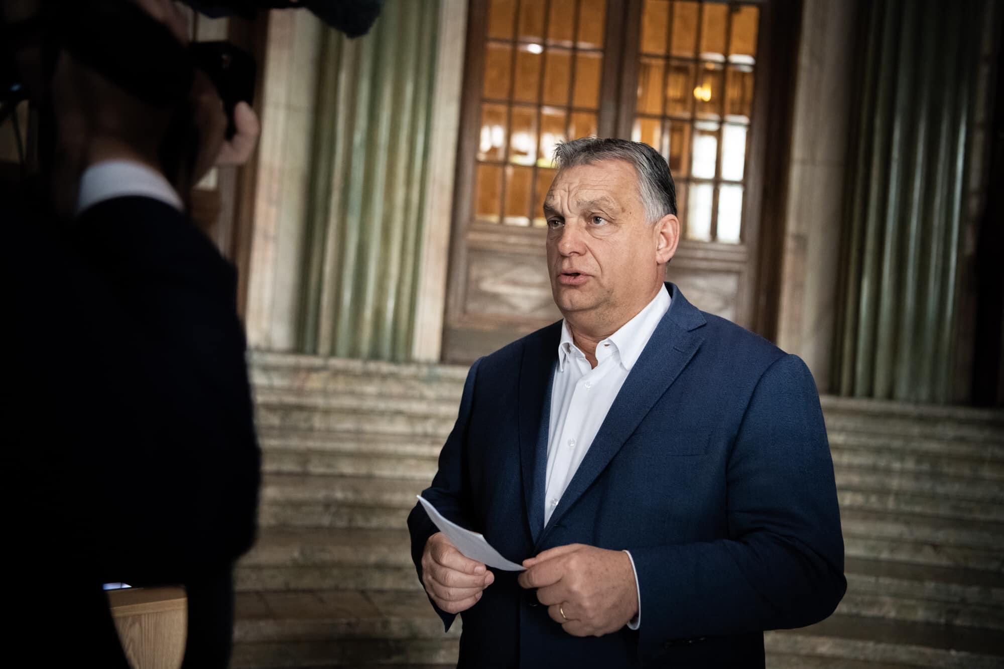 Viktor Orbán: Wer sich impfen lassen will soll sich registrieren!