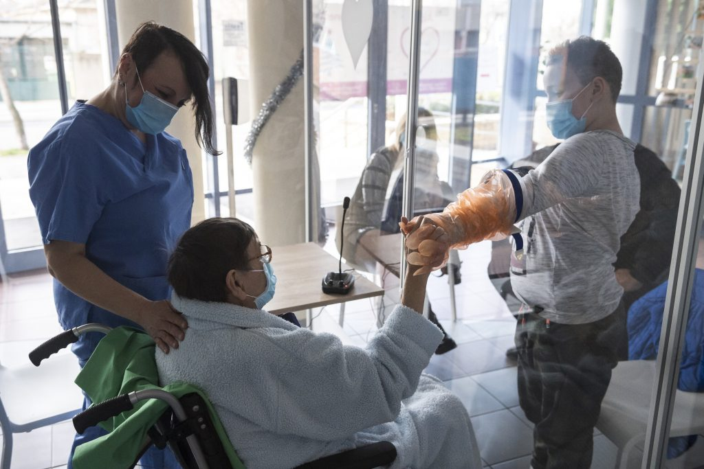 Corona am Dienstag: 1079 Neuinfektionen, 94 Todesfälle post's picture