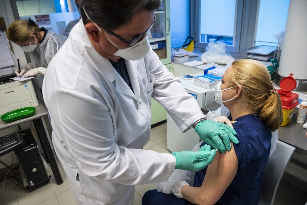 Frist für Impfung der Mitarbeiter des Gesundheitswesens abgelaufen post's picture