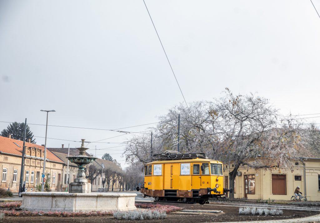 Erstes Teilstück der Stadt-Umland-Bahn Hódmezővásárhely-Szeged wurde übergeben