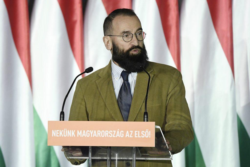 Budapost: Ungarischer Europaabgeordneter auf einer Männersex-Party erwischt post's picture