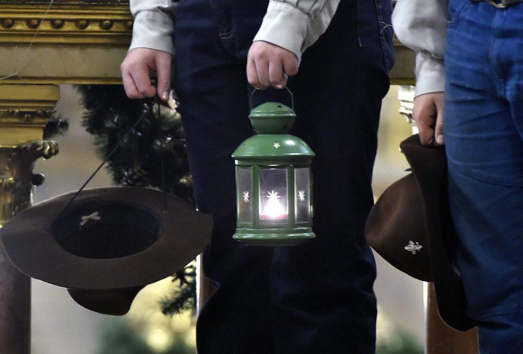 Friedenslicht aus Bethlehem kommt trotz Corona-Krise nach Ungarn