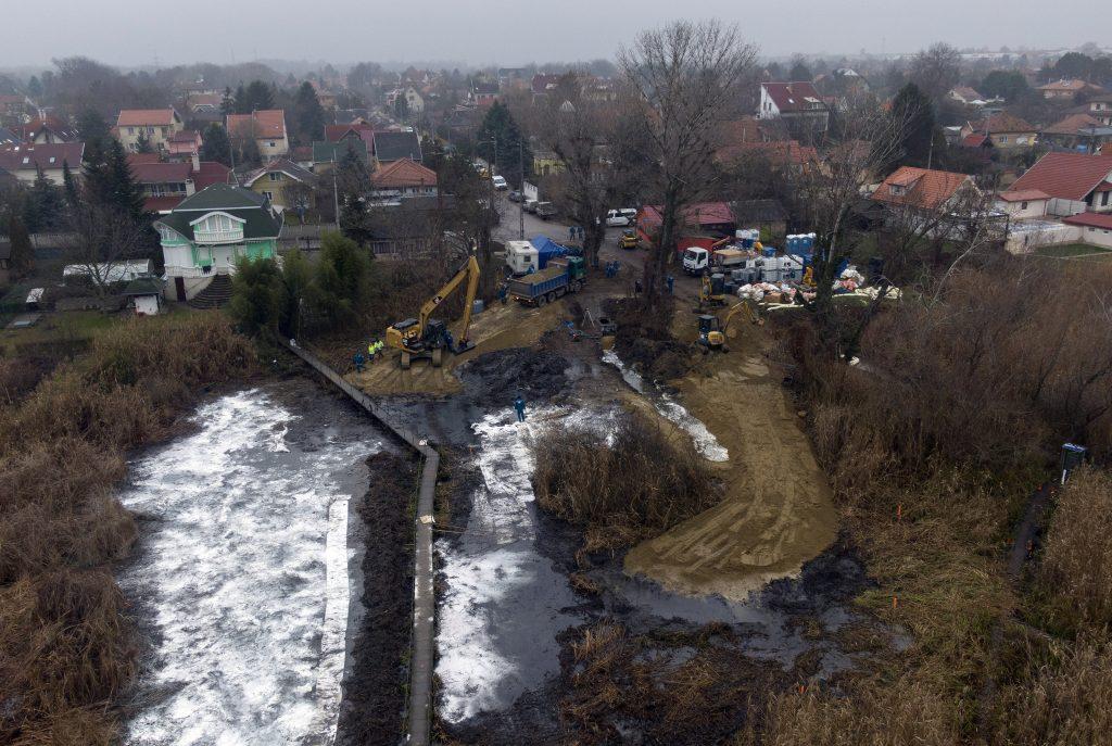 400 Tonnen Abfall aus der Donau entfernt