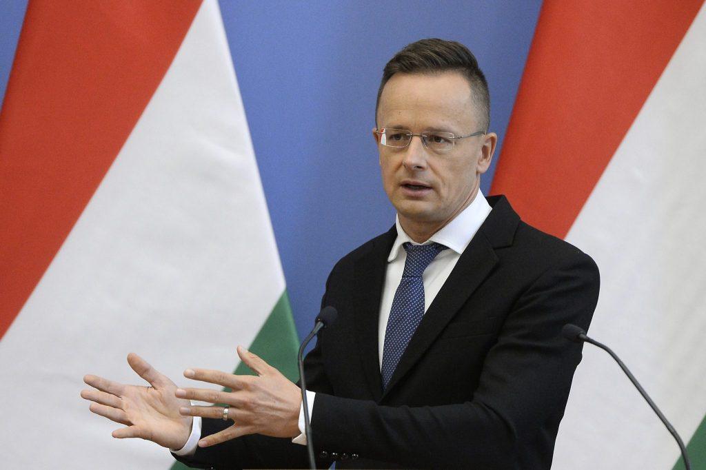 Außenminister Szijjártó: Ungarn und Polen entfernen sich nicht von der EU