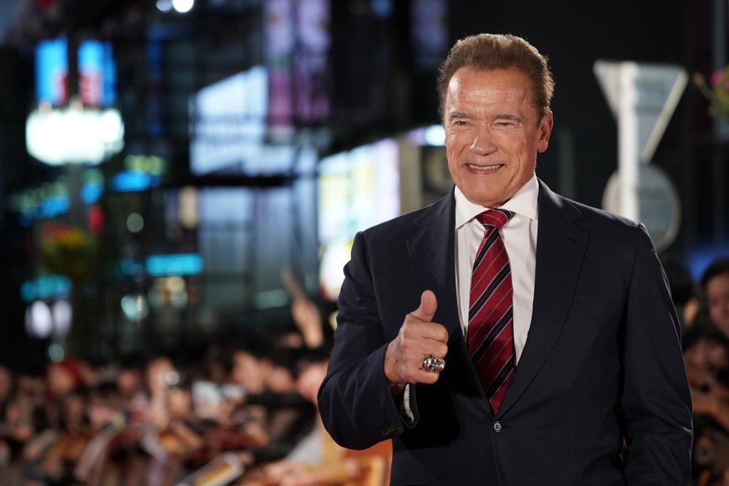 Corona-Maßnahmen: Arnold Schwarzenegger wurde im ungarischen Fernsehen live angerufen! Video!