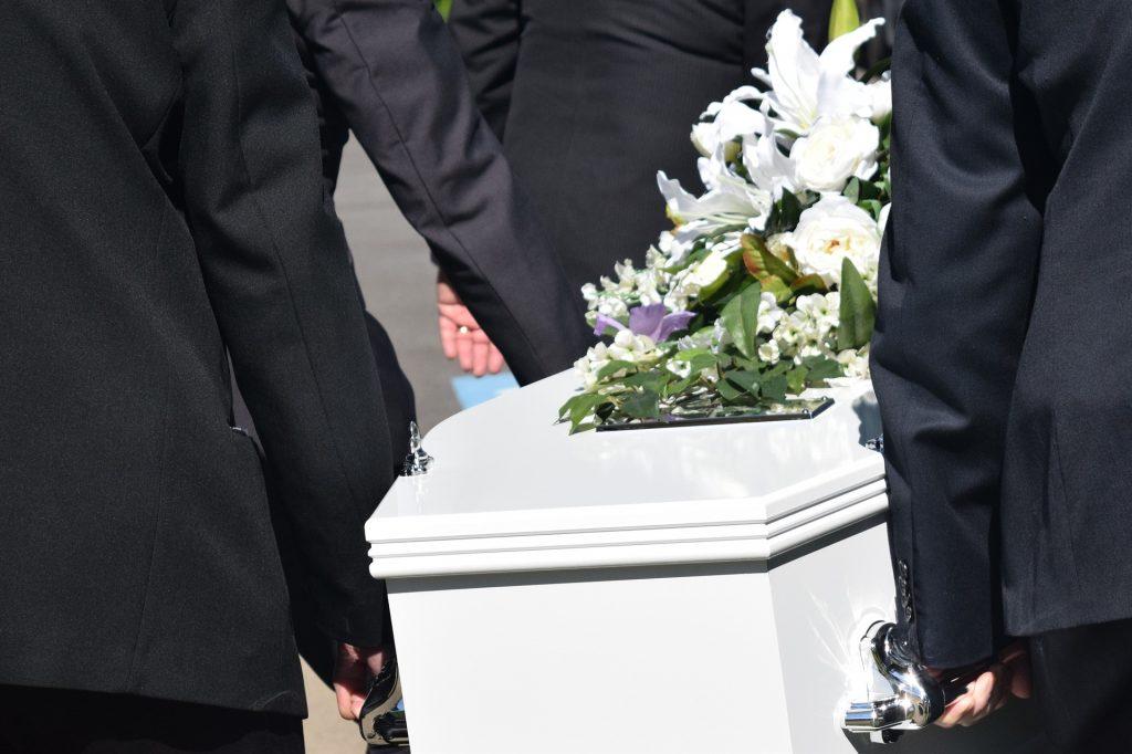 """Priester verließ Beerdigung wegen """"Corona-Limit"""""""