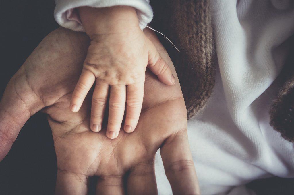 """LMP schlägt vor, """"diskriminierende"""" Passagen des Adoptionsgesetzes zu streichen"""