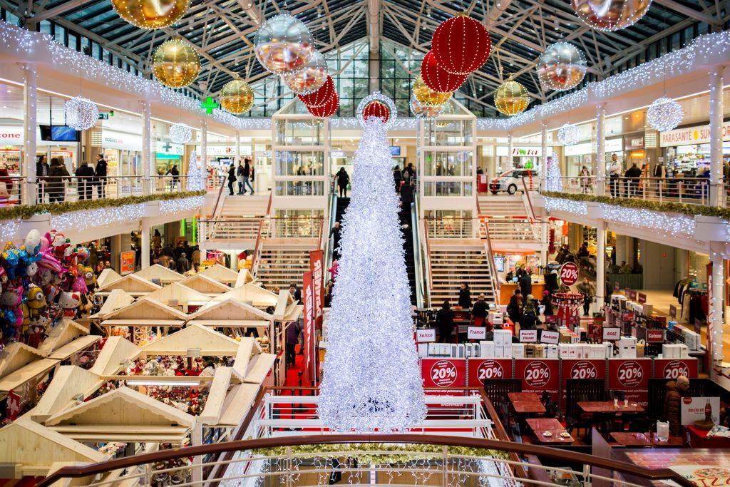 Weihnachts-Ansturm auf heimische Geschäfte hat begonnen
