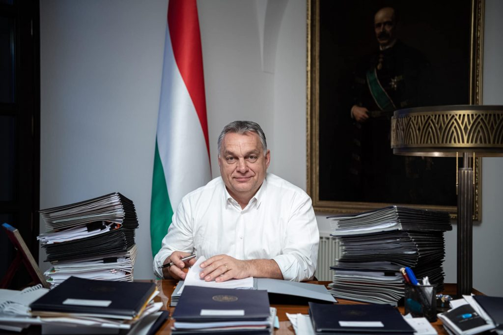 Viktor Orbán wünscht ein frohes neues Jahr!