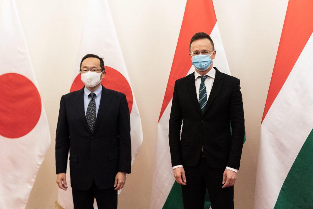 """Außenminister: """"Japanische Unternehmen sind Schlüssel zum ungarischen Wirtschaftswachstum"""""""