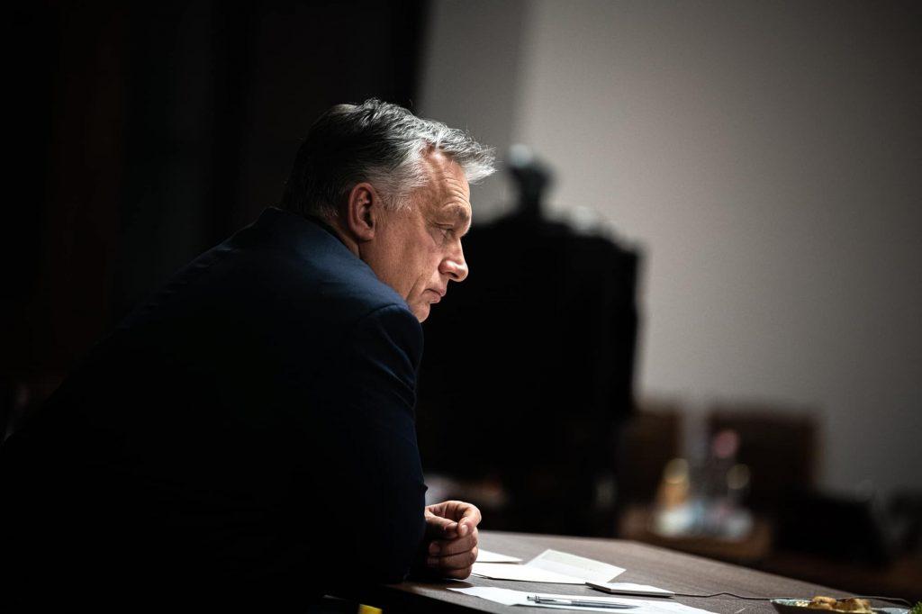 """Orbán zum Holocaust-Gedenktag: Lehren aus dem """"dunklen Kapitel"""" gezogen"""