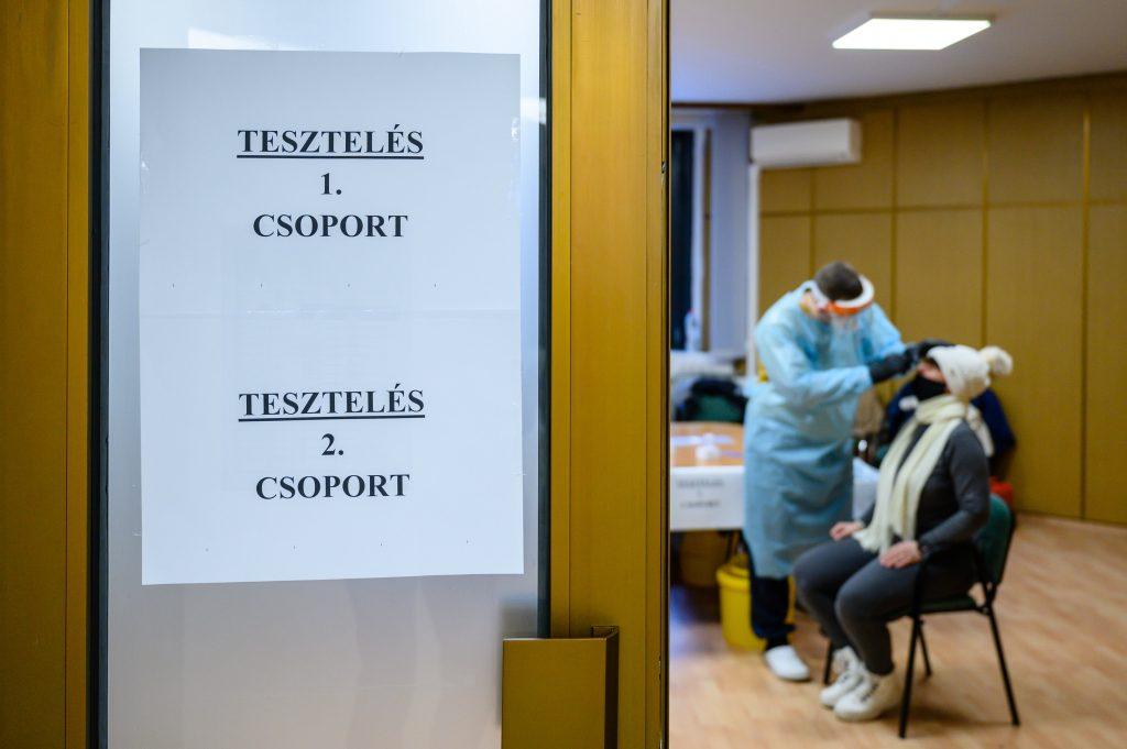Corona am Sonntag: 1257 Neuinfektionen, 64 Todesfälle post's picture