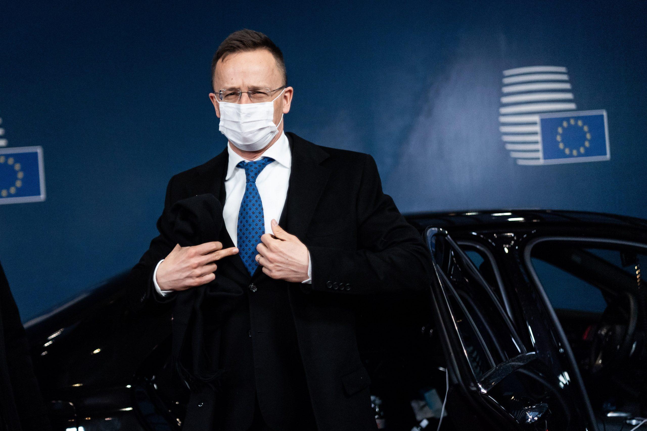 Budapost: Außenminister Szijjártó kritisiert EU-Sanktionen gegen China