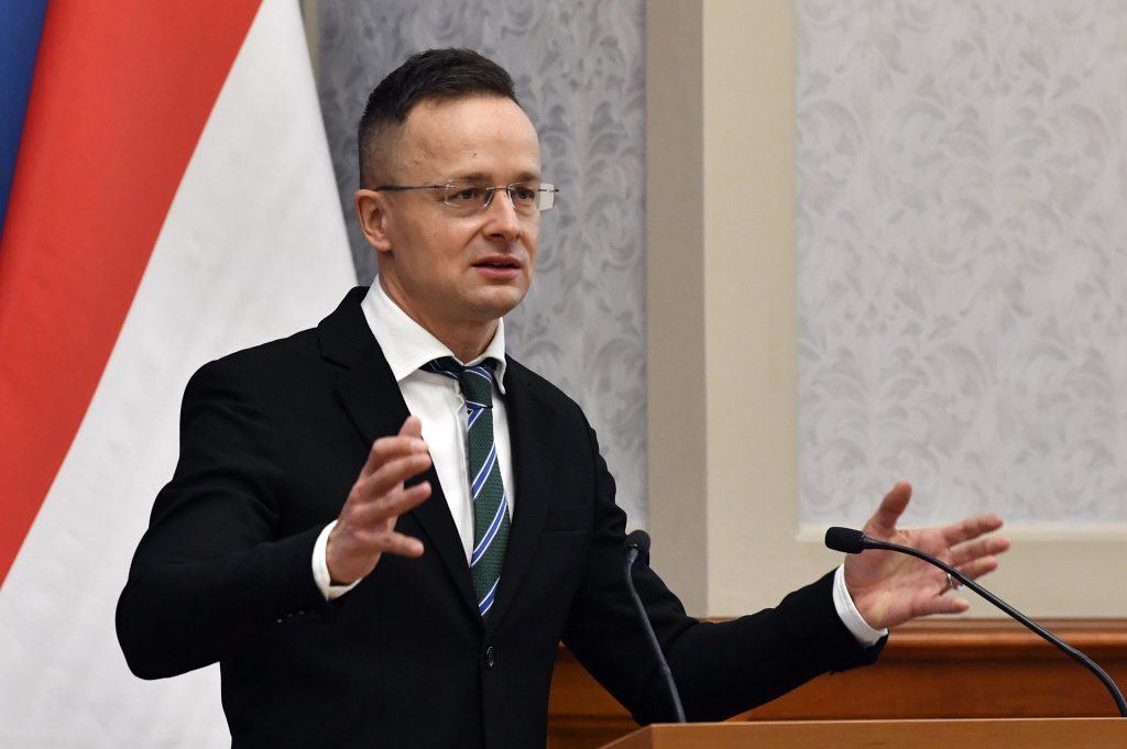 Außenminister Szijjártó an Obama: Orbán wurde vom Volk gewählt