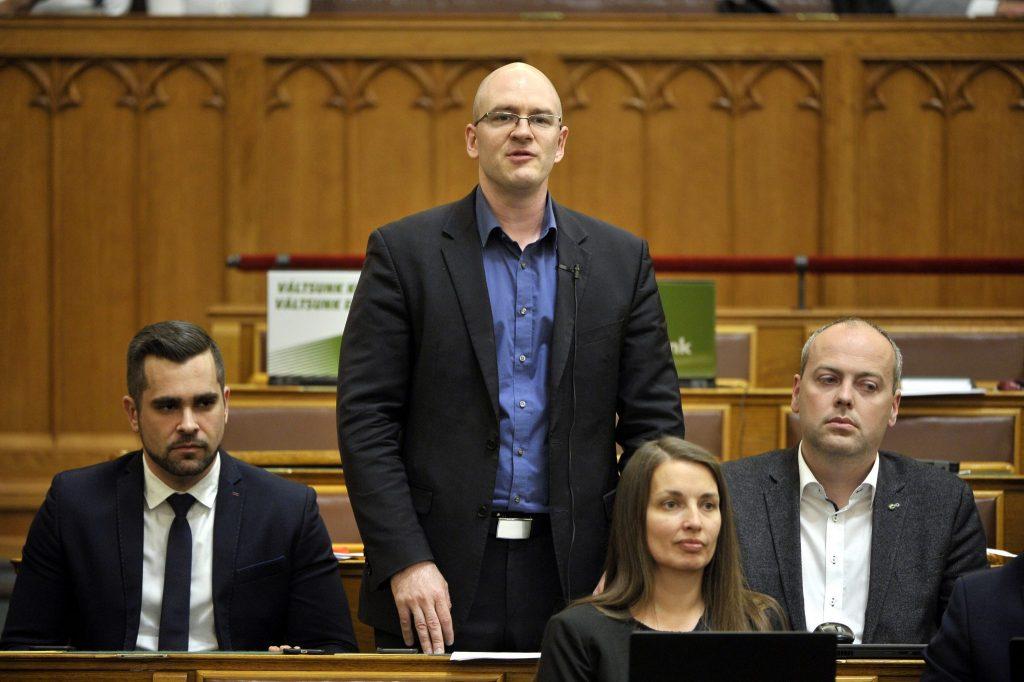 Oppositionspartei Jobbik will 80 Prozent Lohnzuschüsse für Arbeiter