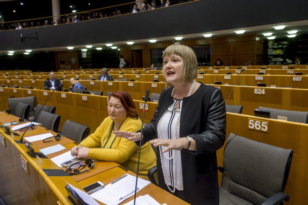 """Fidesz: """"Die Europäische Kommission hat die Minderheiten im Stich gelassen"""""""