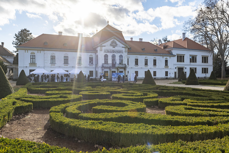 Schloss Széchenyi in Nagycenk (Großzinkendorf) wird erneuert