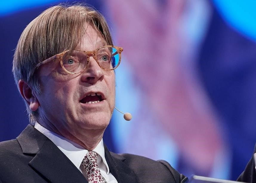 """Verhofstadt: """"Hört ihr Orbáns Schweigen?"""""""