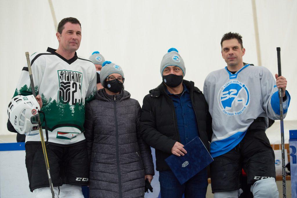 Eisbahn für Eishockey in Siebenbürgen mit Unterstützung Ungarns übergeben post's picture