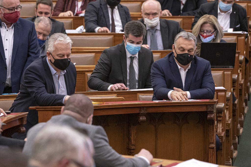 Parlament verlängert Notstand