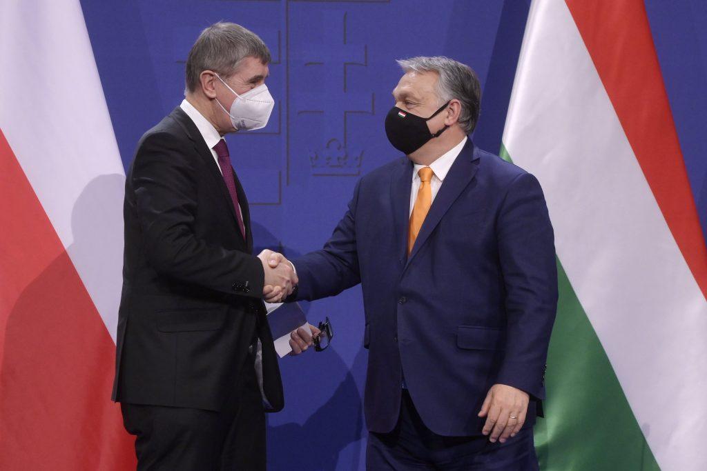 """Tschechischer Ministerpräsident: """"Impfstoff ist keine politische Frage"""" post's picture"""