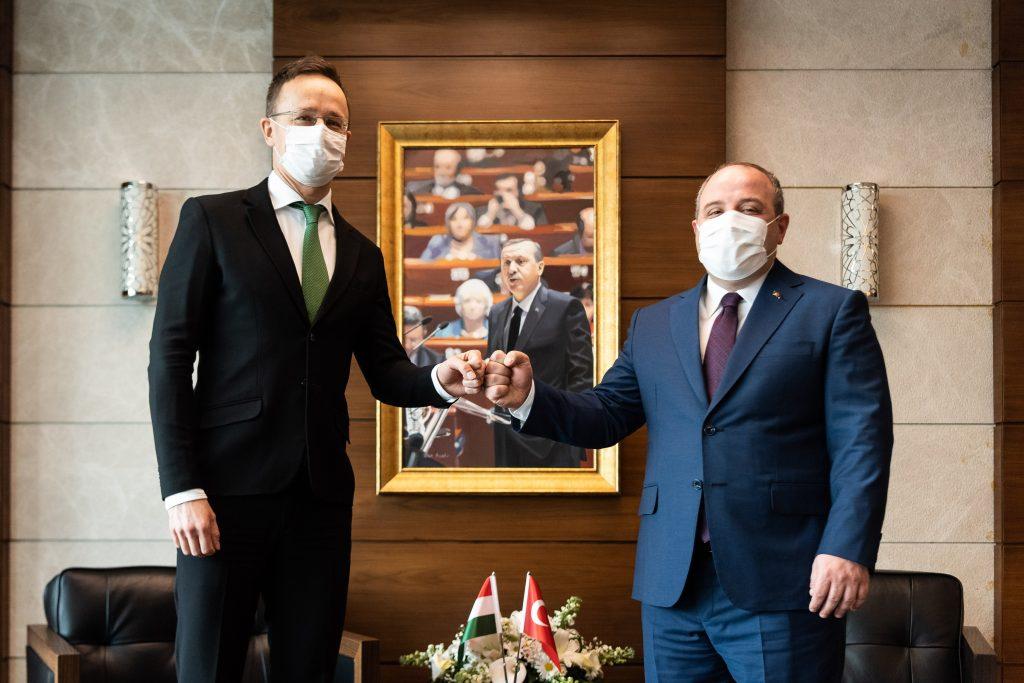 """""""Die Türkei würde ungarische Hilfe bei Impfstofftests begrüßen"""""""