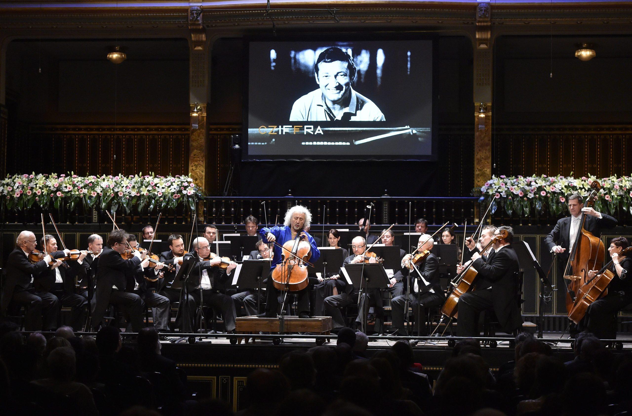 Ungarischer Pianist  György Cziffra weltweit gefeiert