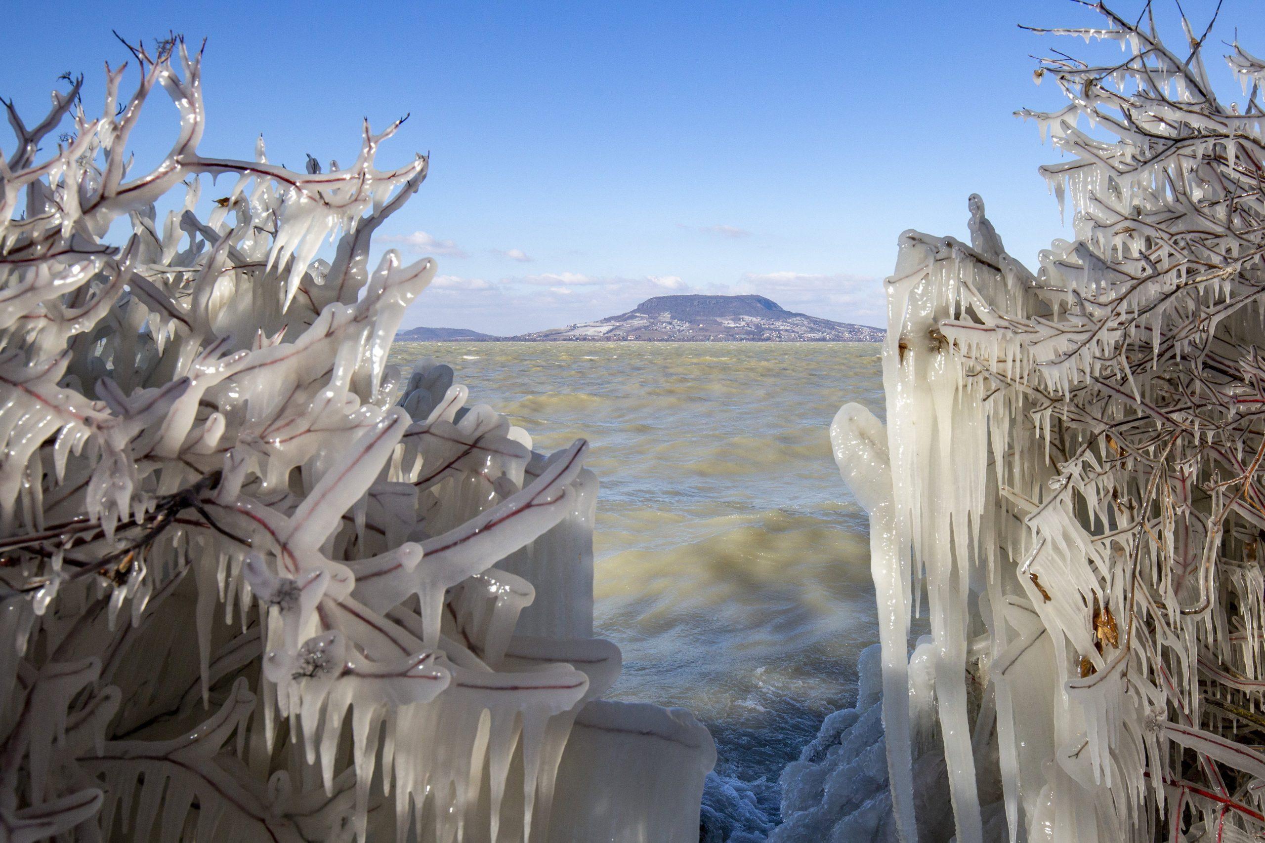 Atemberaubende Winterfotos gegen Ende der Saison