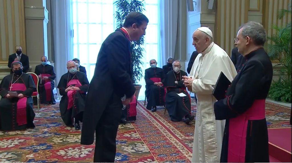 Papst begrüßte Eduard Habsburg auf Ungarisch