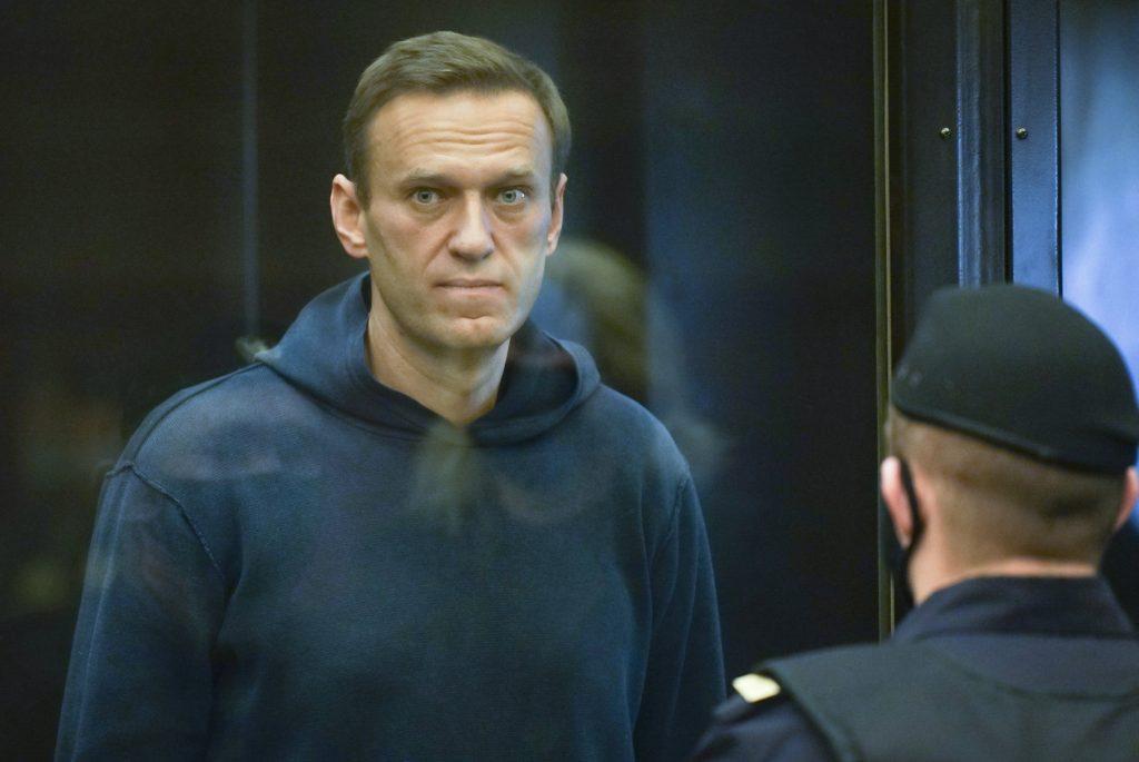 """Oppositionspolitiker: """"Warum schweigt Orbáns Regierung über Nawalnys Gefängnisstrafe"""""""
