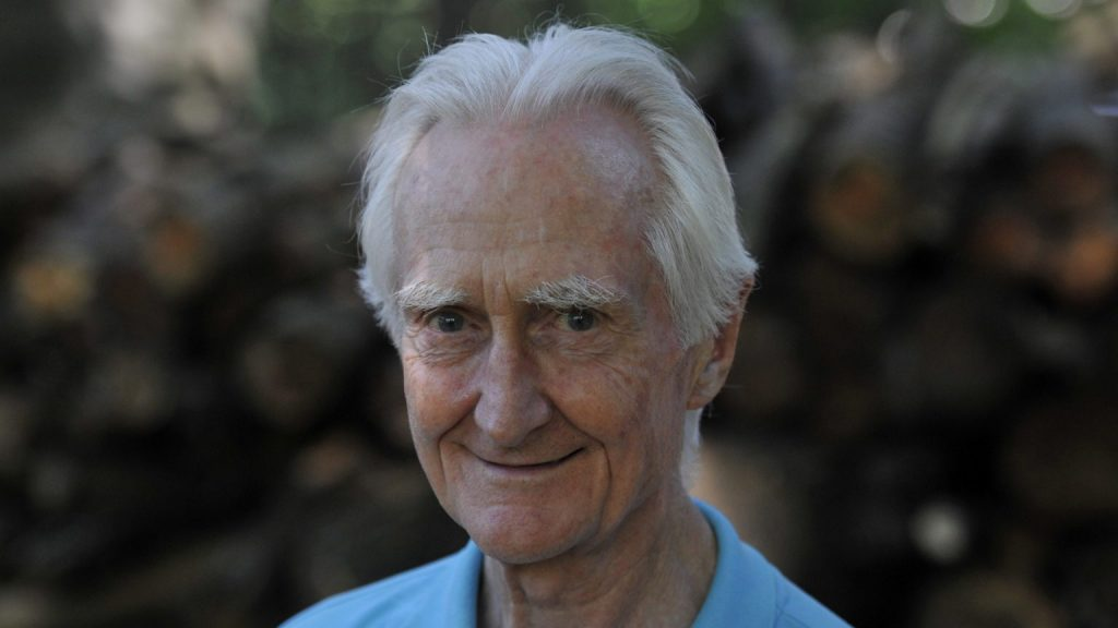 Jesuitenpriester, ehemaliger geistlicher Leiter vom Papst Franziskus, Ferenc Jálics starb mit 94