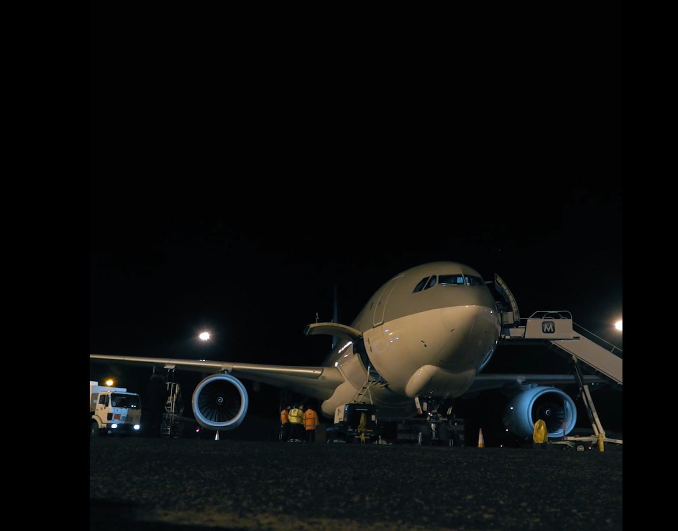 Ungarn schickt Flugzeug nach China für die erste Lieferung des Sinopharm-Impfstoffs