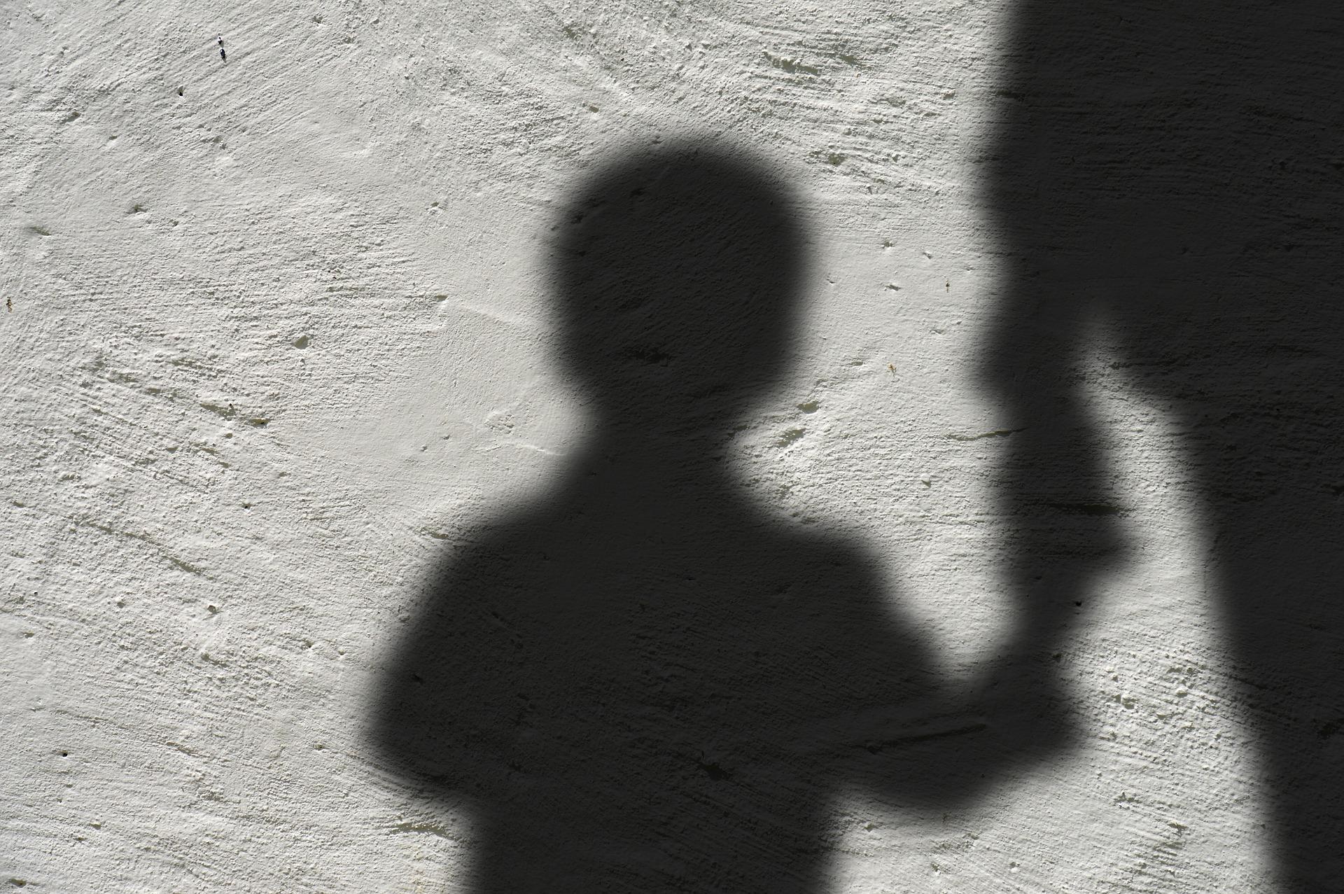 Bedingungen im Waisenhaus untersucht