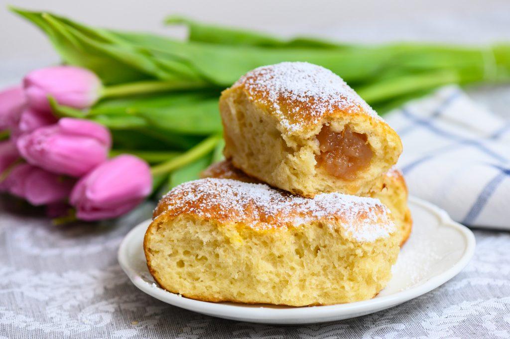 Vorfahr aller gefüllten Kuchen: Ungarische Buchtel/Bukta! – REZEPT!