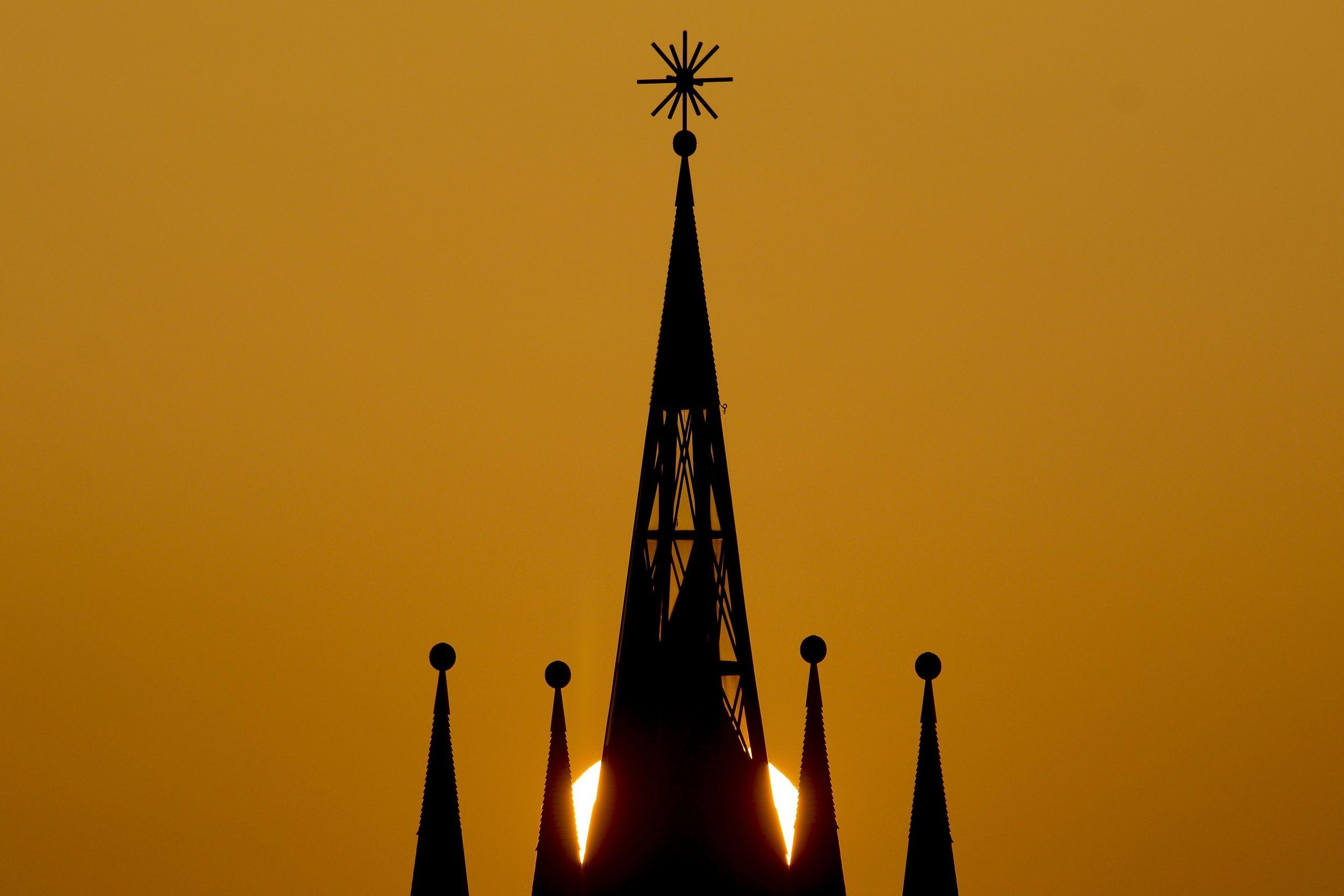 Reformierte Kirchen setzen öffentliche Gottesdienste aus