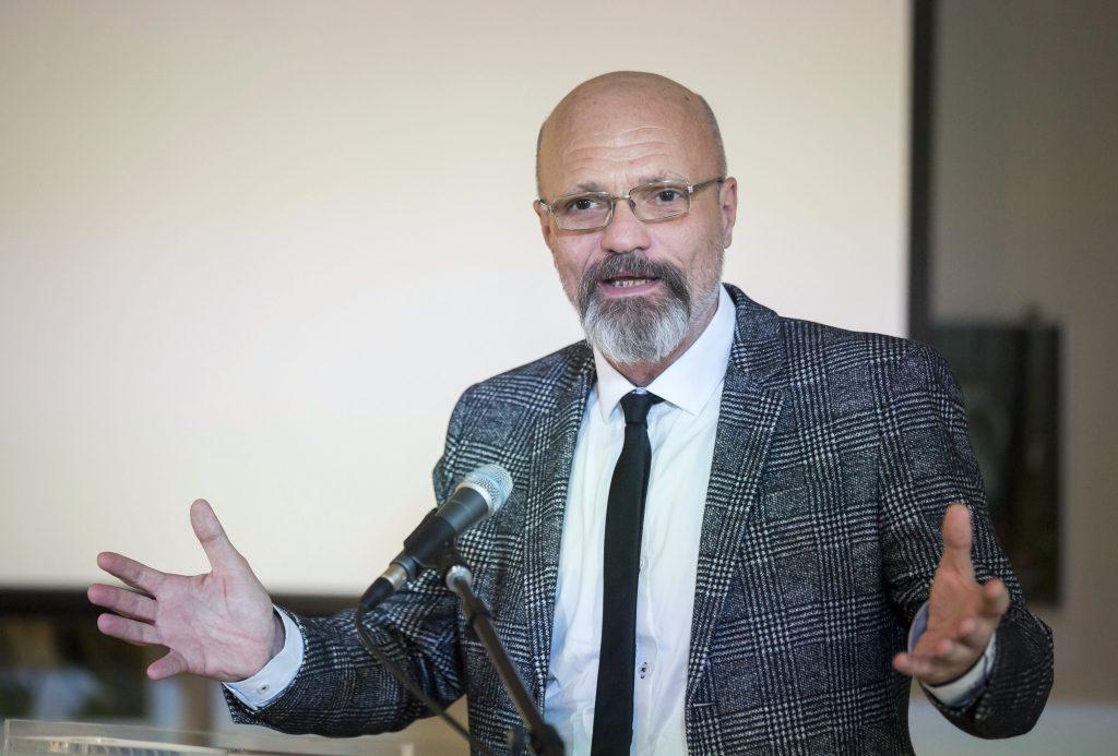 """""""Es gibt so viele Neuinfizierte, als ob es jeden Tag einen Massenunfall in Ungarn gäbe"""""""