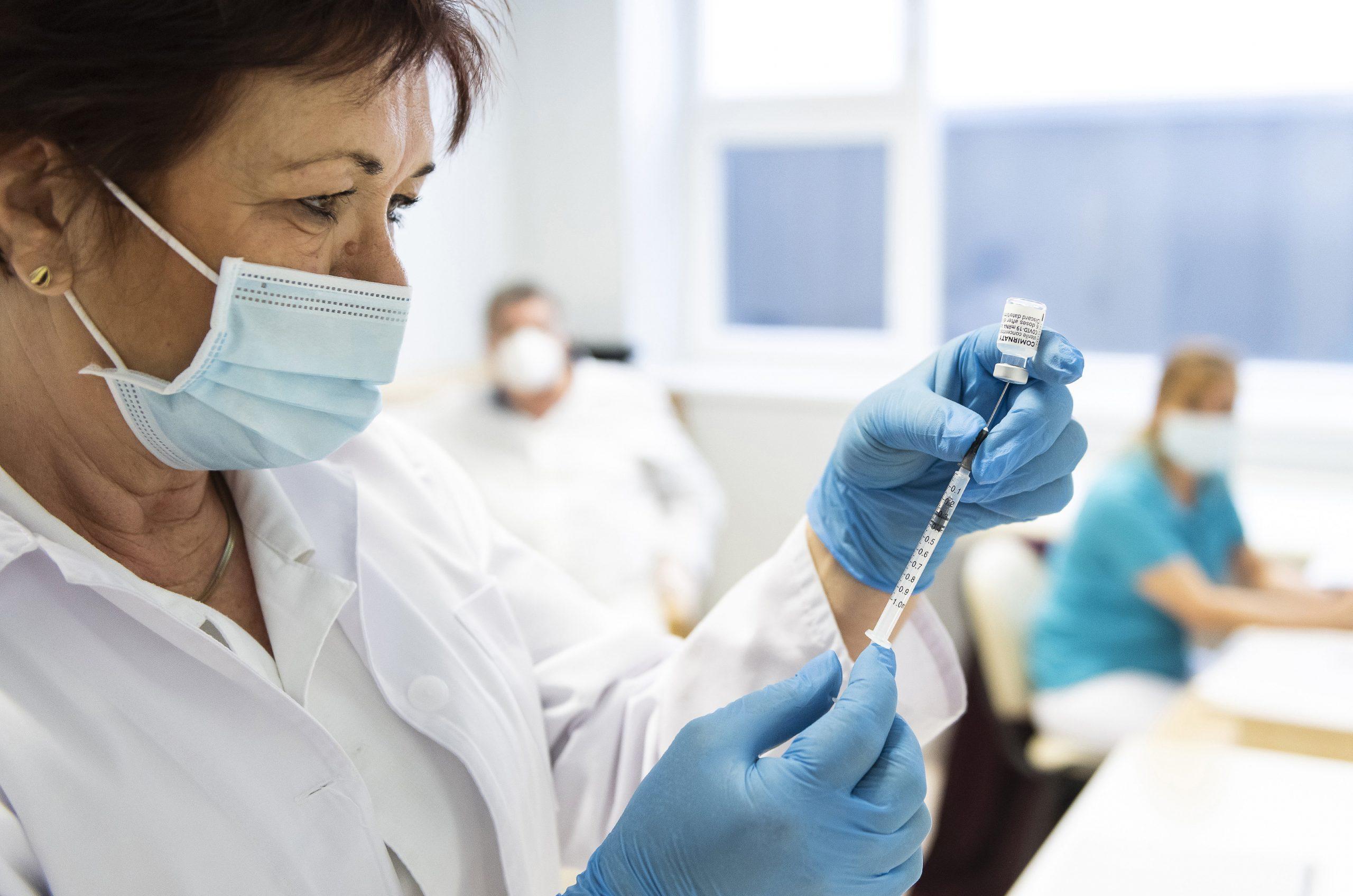 Regierung veröffentlicht kontroverse Daten über Infektions- und Sterbefälle nach Impfungen