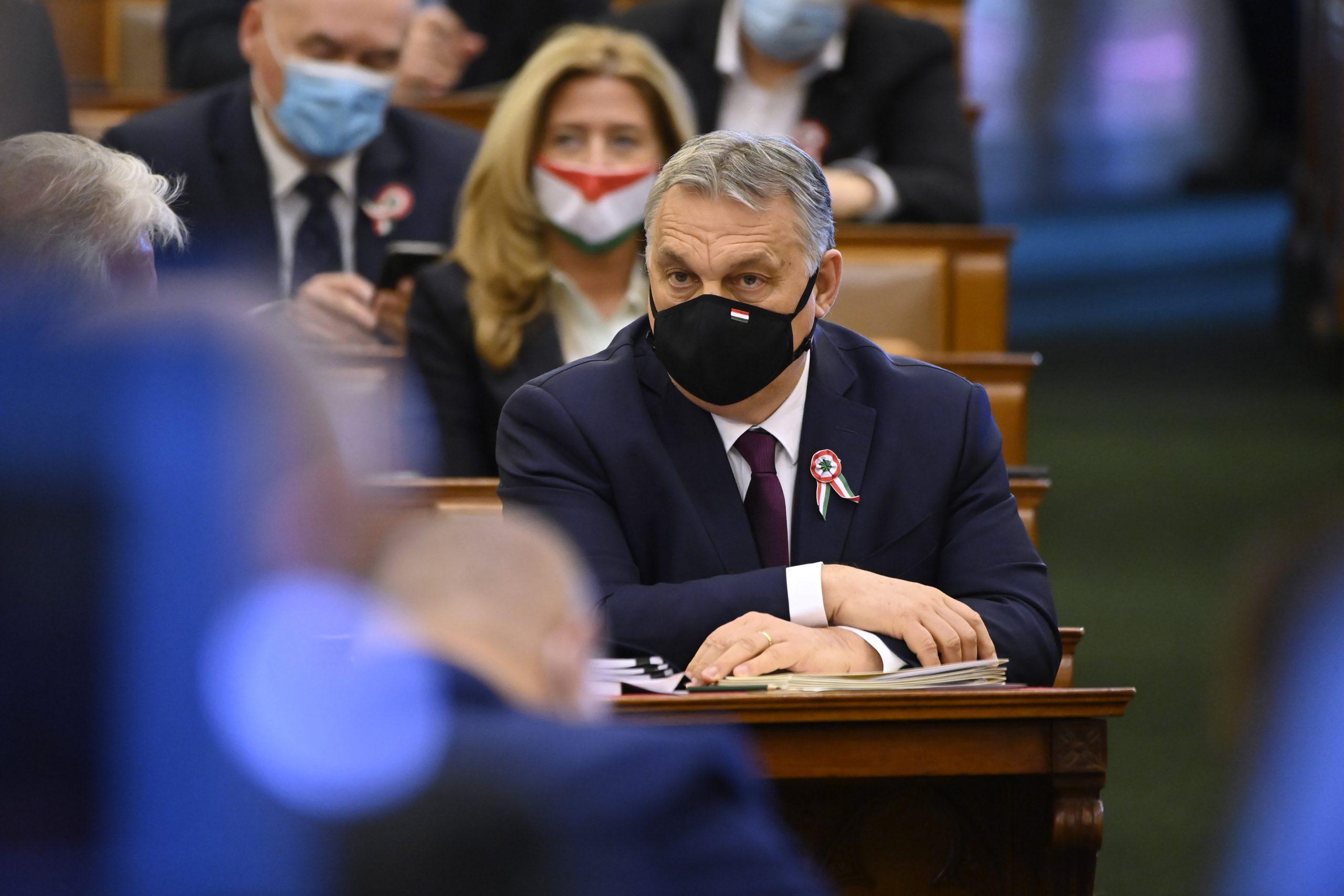 Opposition im Parlament: