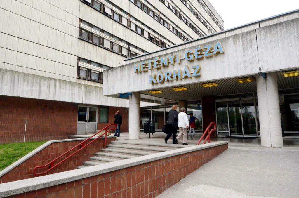 Kanadischer Ungar spendet in Testament große Summe an ungarisches Krankenhaus