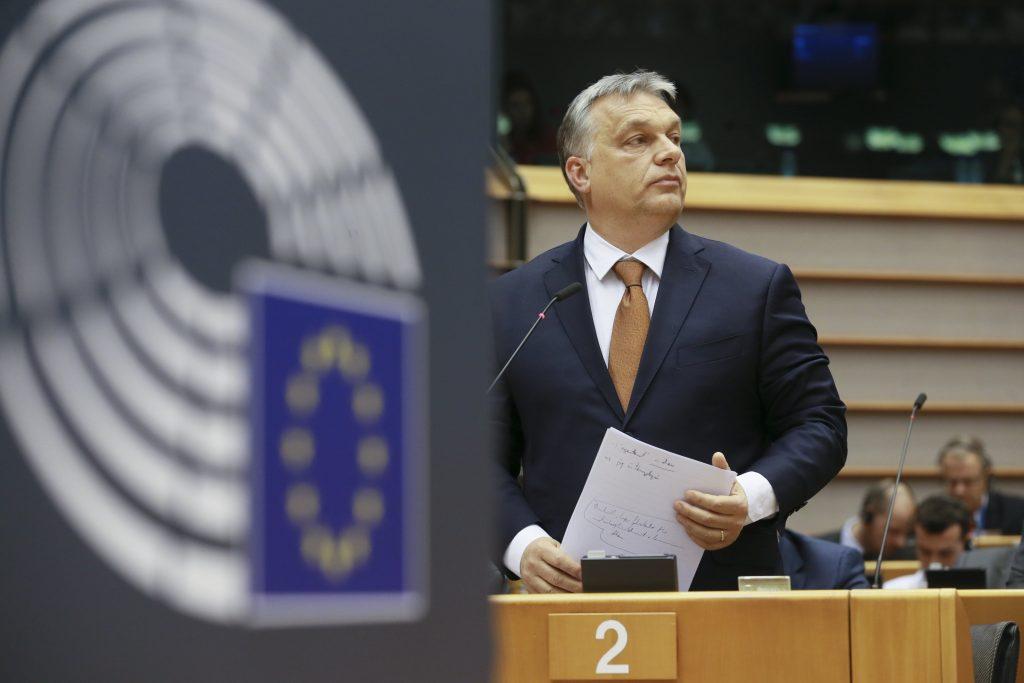 EVP stimmt mit Zweidrittelmehreit der neuen Geschäftsordnung zu, Fidesz verlässt die Fraktion post's picture