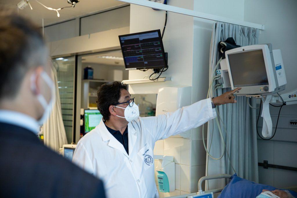 Semmelweis Universität erhält die ersten ungarischen Beatmungsgeräte post's picture