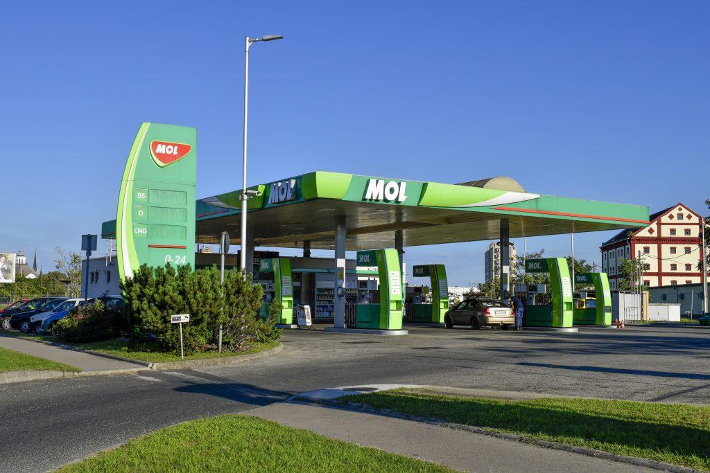 Ölunternehmen MOL und der ungarische Staat gründen gemeinsame Stiftung