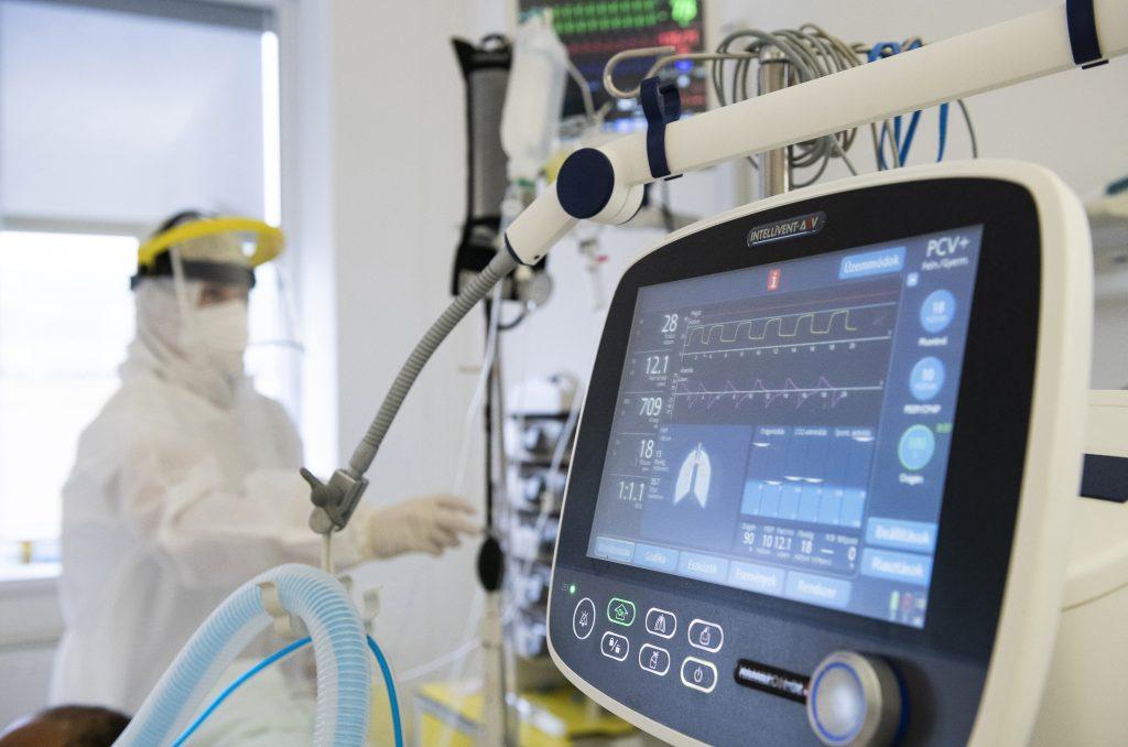 Prototyp eines Beatmungsgeräts an der Universität Óbuda fertiggestellt