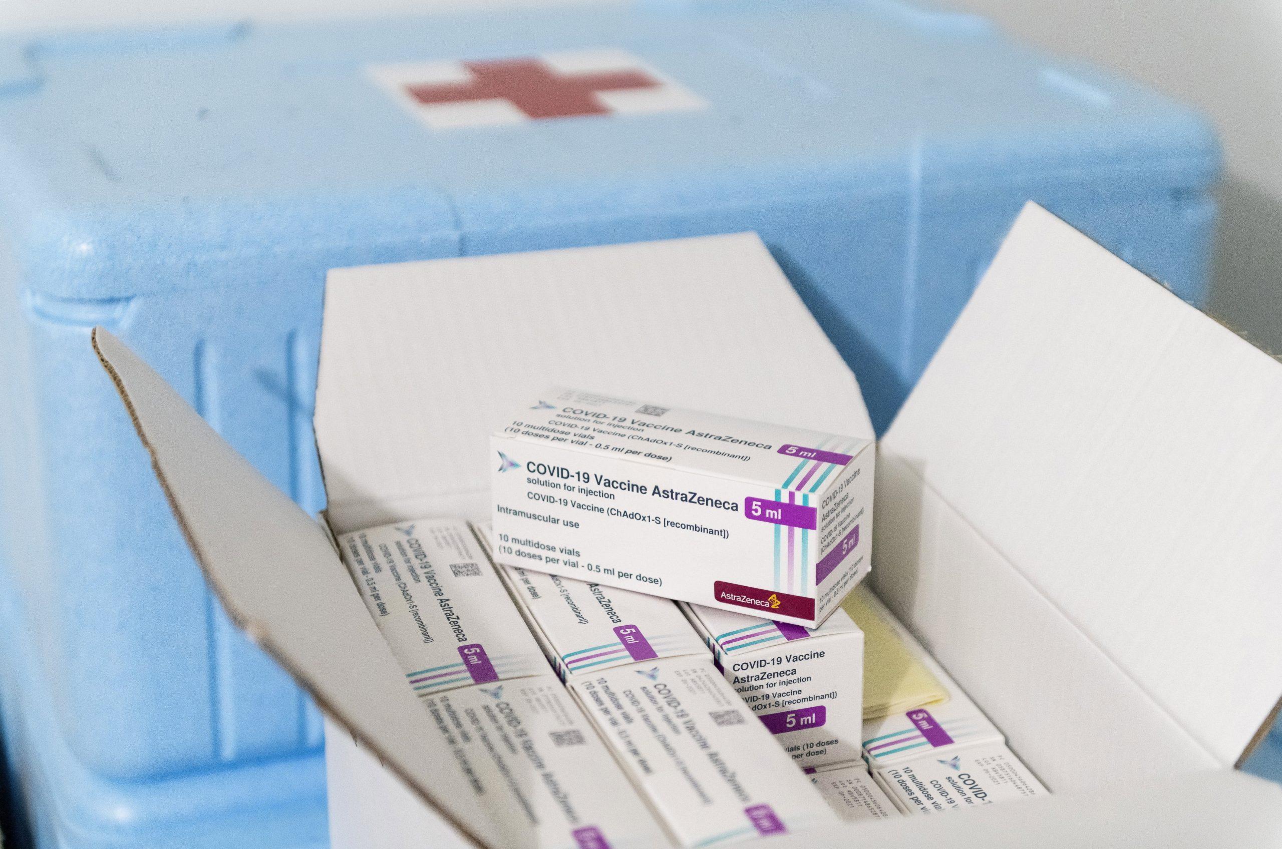 Ungarn schenkt 6.000 Impfstoffe an nord-mazedonische Grenzsoldaten