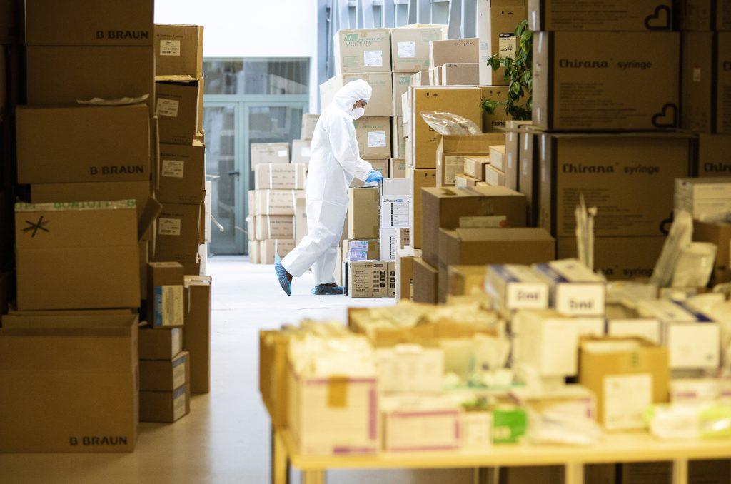 Regierung finanziert Herstellung von Coronavirus-Medikamenten post's picture